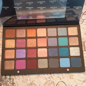 Natasha Denona 28 pan palette (blue/purple)